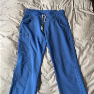 Fig bottoms ceil blue